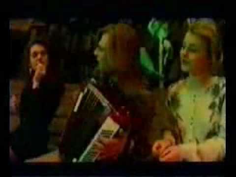 """Сектор Газа - Спор.mp4 (альбом """"Ядрёна вошь"""")из YouTube · Длительность: 4 мин28 с  · Просмотры: более 54.000 · отправлено: 9-8-2012 · кем отправлено: Вася Иванов"""