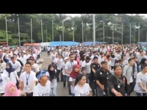 Flash Mob Relawan KAA - Lapangan Tegalega, 3 Mei 2015