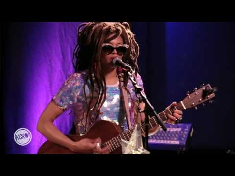"Valerie June performing ""Astral Plane"" Live on KCRW"