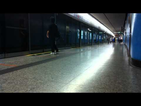 Hong Kong Admiralty MTR Station (Timelapse)