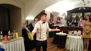 Иван Усов - бармен шоу на свадьбе(Выступление на свадьбе моих друзей., 2015-08-15T22:06:54.000Z)