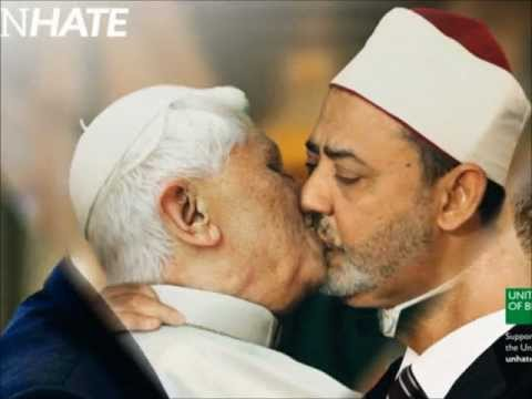 BEIJO DO PAPA : World Leaders Kiss In New Clothing Adverts - Benetton Unhate Campaign