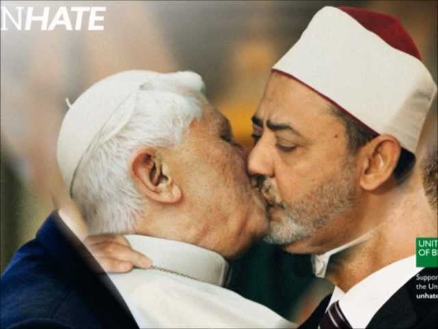 BEIJO DO PAPA : World Leaders Kiss In New Clothing Adverts - Benetton Unhate Campaign Travel Video