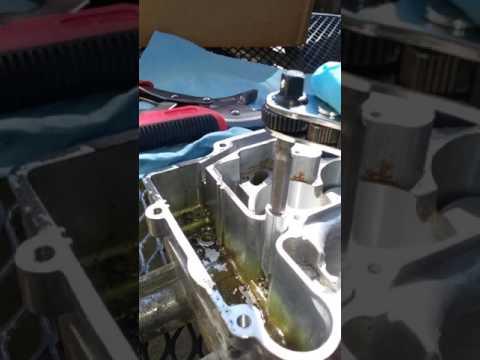 Removing stuck jets Edelbrock 1406