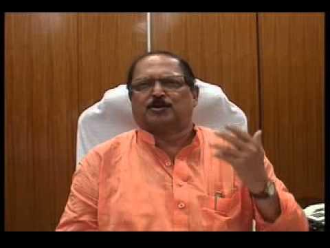 Subrata Mukherjee press meet on road-hog pandals