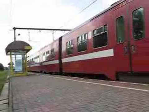 Vertrekkende Trein - Station Kalmthout, België