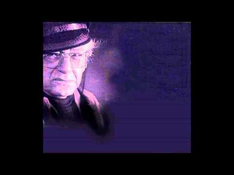Attila İlhan  - Yağmur Kaçağı (kendi sesinden)