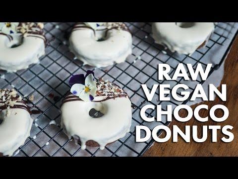 Raw Vegan Chocolate Donuts