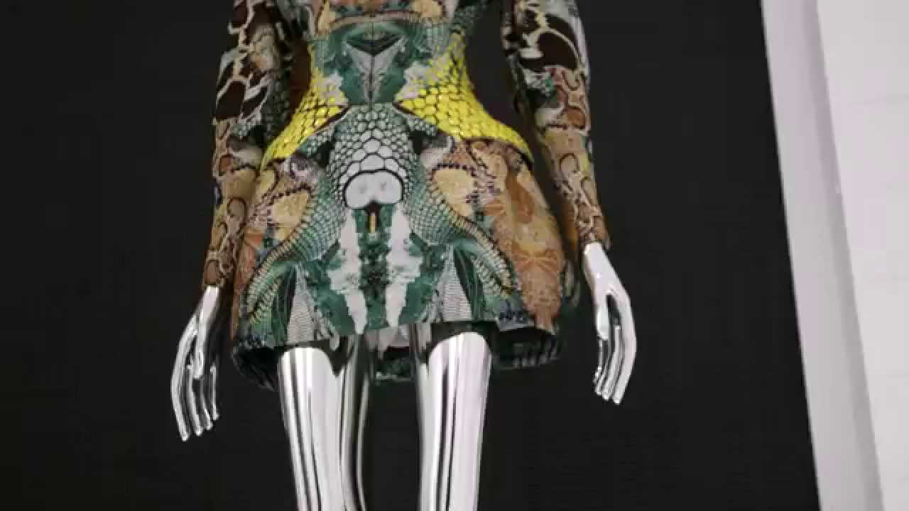 Alexander McQueen Savage Beauty. Victoria and Albert Museum 0da817eb330