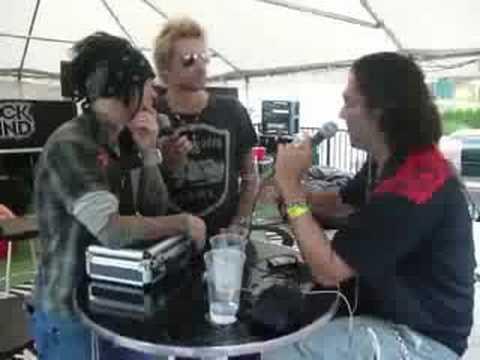 Unedited - Sixx AM interview backstage @ Crue Fest PNC