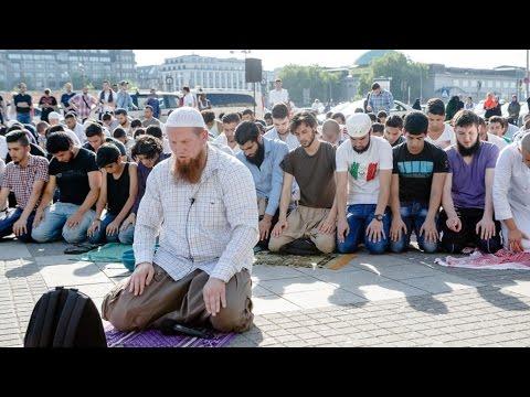 Pierre Vogel will Zeugen Jehovas missionieren — Subtitle ENG/TÜR/Arab