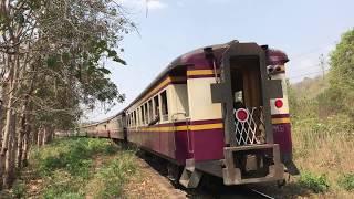 タイ国鉄 ナムトク線  旧型客車の長大編成