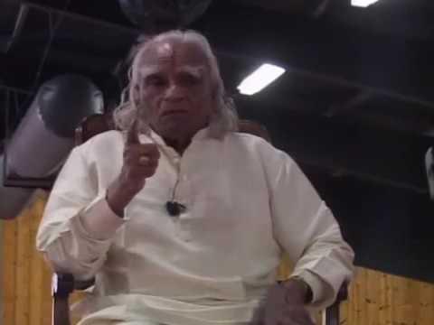 BKS Iyengar Pranayama meditation, iyengar yoga style
