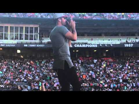 Sam Hunt - Leave the Night On - Spread the Love Tour 2016