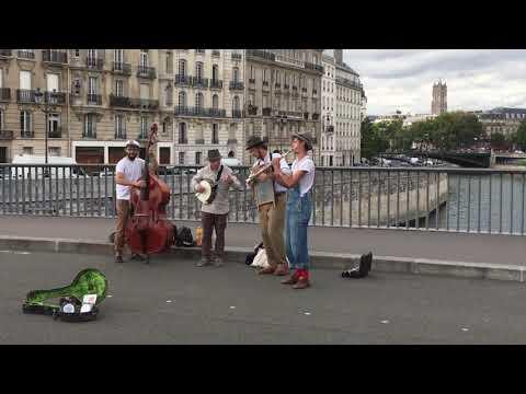 Paris Journal: Episode 2 | My Neighborhood