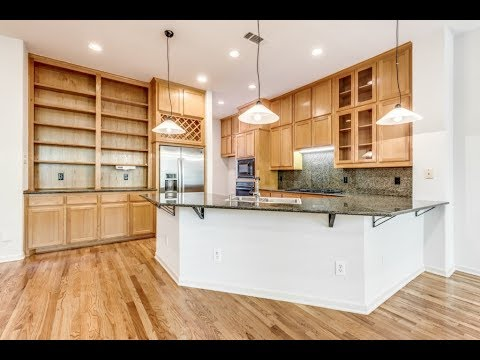 SOLD: 943 Liberty St., Dallas Townhome for Sale