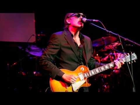 "Joe Bonamassa ""Sloe Gin"" - Guitar Center's Battle Of The Blues 2012"