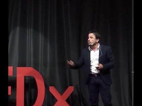 El sesgo de resultados y la regresion a la media | Martín Tetaz | TEDxComodoroRivadavia