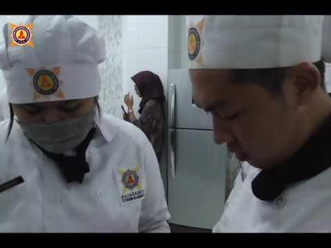 sekolah-chef---ujian-praktikum-mahasiswa-patiseri---tema-cake