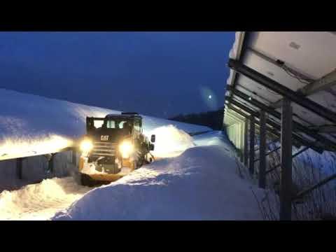 夜間の除雪作業もできます