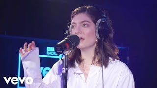 Lorde - In The Air Tonight (Phil Collins cover in the Live Lounge)