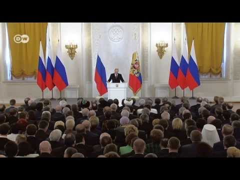 Putin signs treaty
