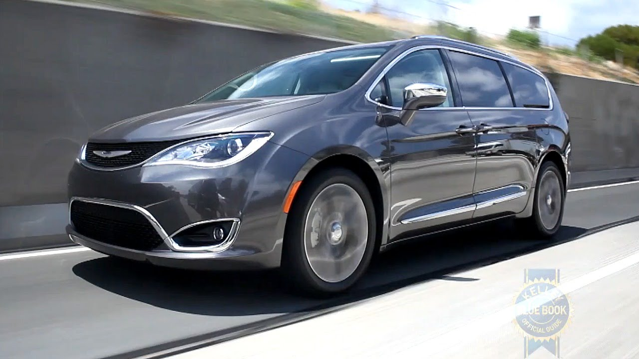2017 Chrysler Pacifica - Review and Road Test