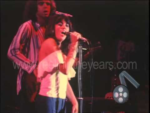 "Linda Ronstadt ""You're No Good"" Live 1976 (Reelin' In The Years Archives)"
