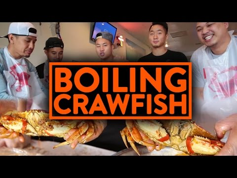 EPIC ASIAN CAJUN CRAWFISH BOIL w/ RICHIE LE, TAN, JOHNNY - Fung Bros Food