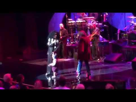 """Diana Ross & Family """"I Will Survive"""" Wynn Resort Las Vegas - October 21, 2017"""