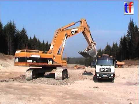 CAT 385B LME, Dump Trucks, Dumper, Bomag Fleet, Dozer,... / A 73, Buch am Forst, Germany, 2004.