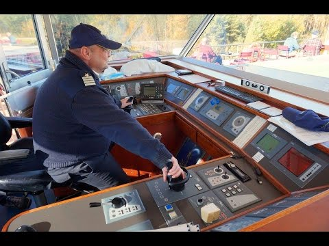 How to control a river cruise ship - Interview with the captain