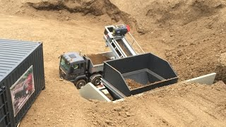 The RC Conveyor Plant - RC Wheel loader Action - Great RC Fun!