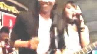 Download Video Via Vallen Saweran Hot Suruh Bugil   YouTube MP3 3GP MP4