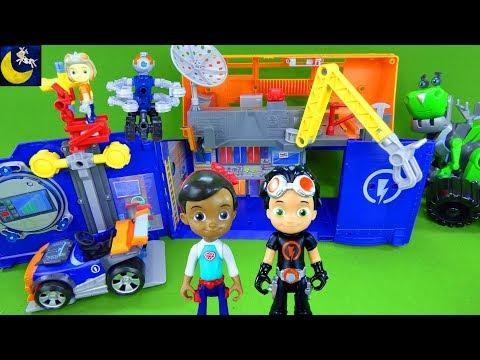 Rusty Rivets Toys Rivet Lab Garage Playset Build Robot Invention Ruby Botasaur STEM Nick Jr Toys