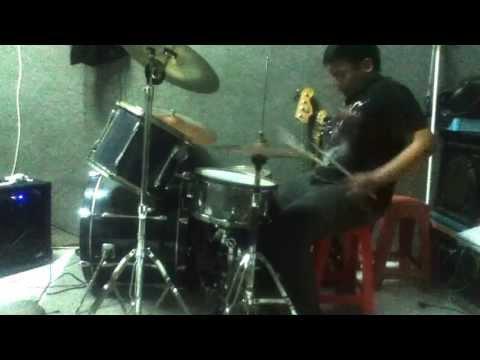 Iseng-iseng Drum Cover (songs by Dochi Sadega - Dalam Kelam)