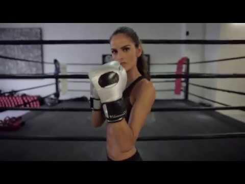 Izabel Goulart does a boxing class  Supermodel prep for Victoria's Secret  VOGUE PARIS