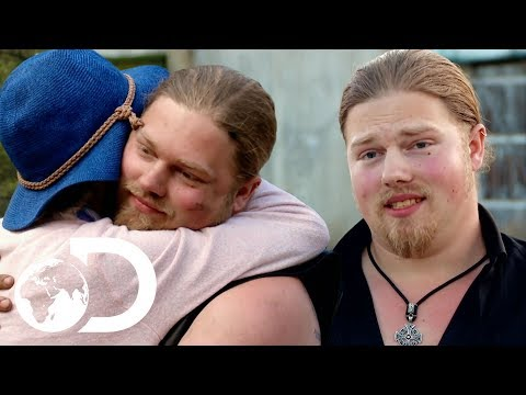 Brown Family Homecoming: Noah Returns To Join The Wolfpack | Alaskan Bush People