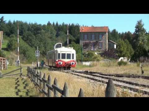 Train - Ballet d'autorails sur le Chemin de Fer du Haut-Forez (CFHF).