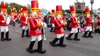 Desfile de navidad en Disney - Chirstmas Parade Disney parte 2