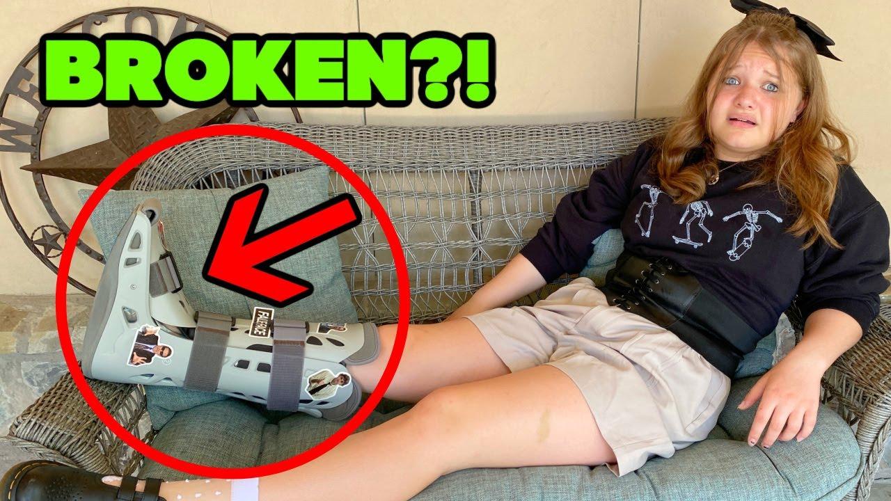 DID AUBREY BREAK her FOOT? OPENING FAN MAiL