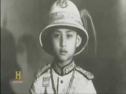 Vì sao vua Thái Lan được mọi người dân yêu ? (Phụ đề)