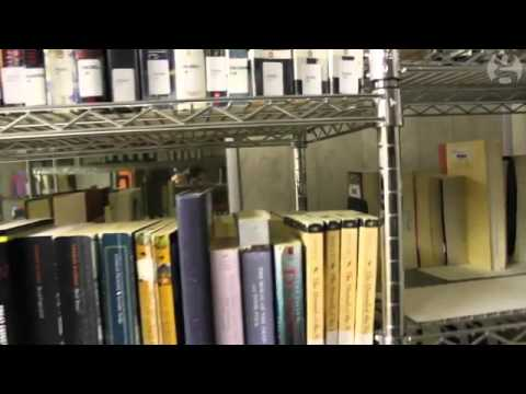 A behind the scenes tour of the Guantánamo Bay library-tour