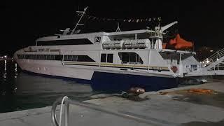 Il nuovo traghetto Jumbo Jet della Libera navigazione del Golfo a Termoli