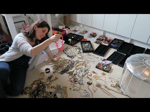 How to Successfully Organize Your Jewelry