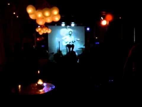 Bruno Torino En Blacksheep. Bar En Ciudad De Cordoba