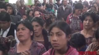 Repeat youtube video Fernanda Sabina des de la aldea vicalama nebaj quiche