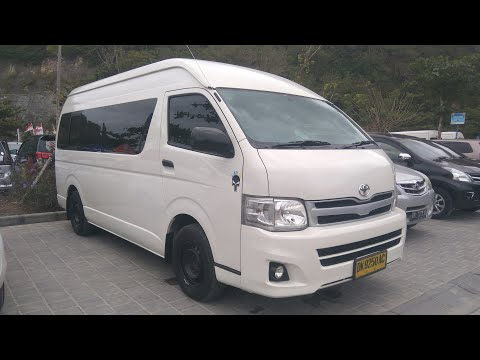 Toyota HiAce Commuter 2.5 D-4D M/T (2013) Start Up & Review Indonesia