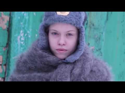 Изображение предпросмотра прочтения – ЕленаБочарова читает произведение «Сестре» (Берггольц Ольга)