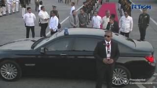 Singapore's Prime Minister now in Manila for ASEAN Summit